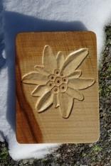 Edelweiss sculptée