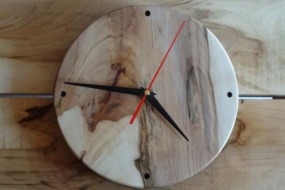 Horloge en érable