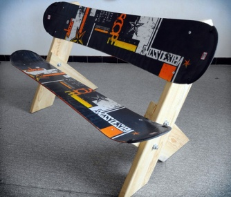 03-mobilier-snowboard